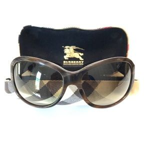 ❤️ BURBERRY SUNGLASSES NWOT